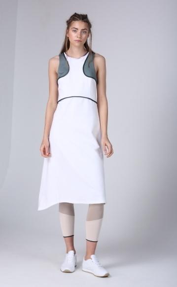 Dace_Bahmann Pamplet_dress