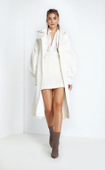 Dace_Bahmann SS18 Baduhenna_coat